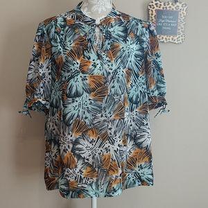 Michael Kors blousey top. Size XL